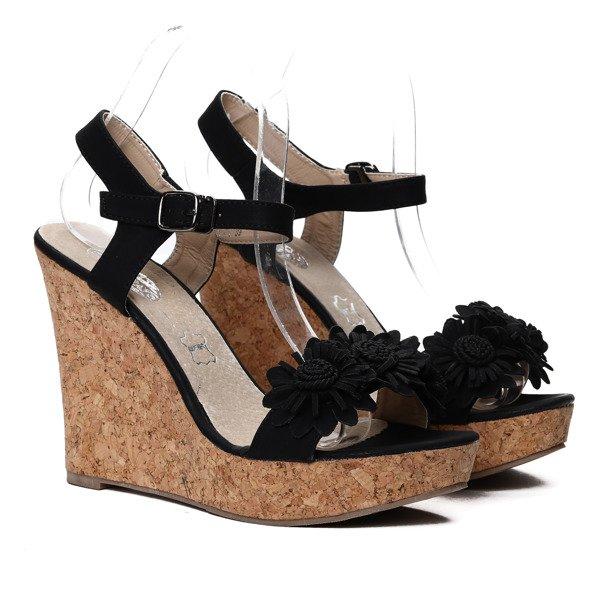 f8746ccb Czarne sandałki na koturnie Oaklynn- Obuwie Kliknij, aby powiększyć ...
