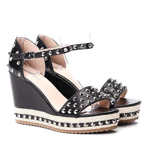 7c200911b3e7f0 Czarne sandały na koturnie Postina - Obuwie Kliknij, aby powiększyć ...