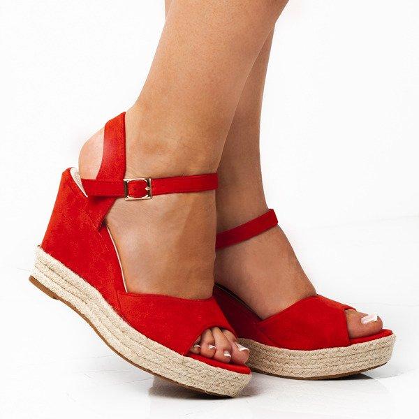 1423864a Czerwone sandały na koturnie Votinea - Obuwie Kliknij, aby powiększyć ...