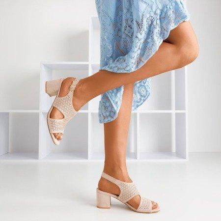 Beżowe ażurowe sandały na słupku Azuur - Obuwie