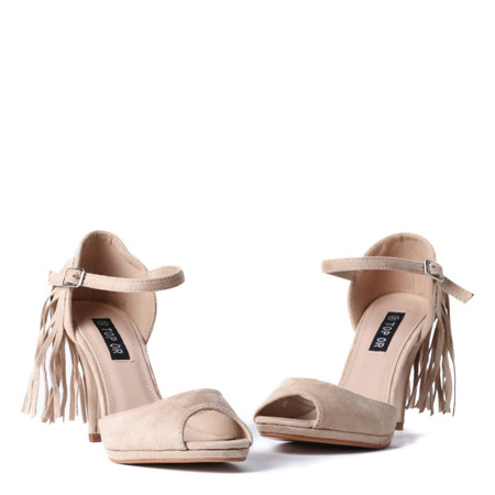 Beżowe sandały zamszowe z frędzelkami Dorati - Obuwie