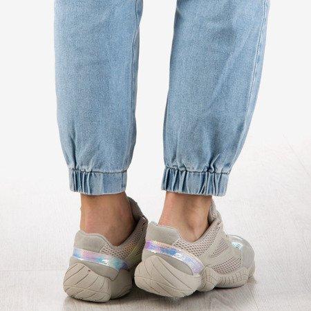 Beżowe sneakersy z holograficznymi wstawkami Lotti - Obuwie