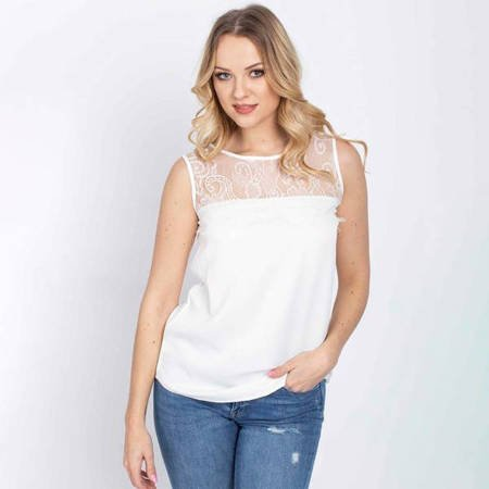 Biała bluzka z koronkową wstawką - Odzież