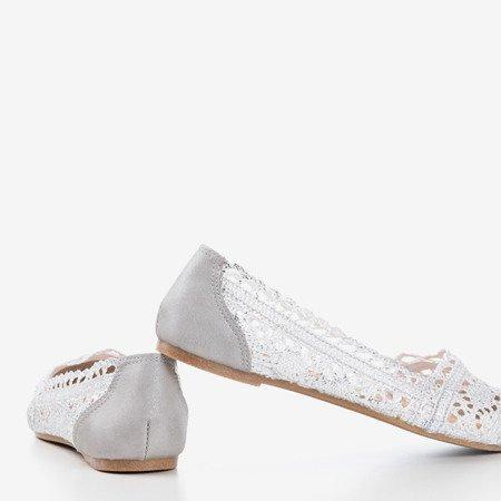 Biało - srebrne koronkowe baleriny Benet - Obuwie