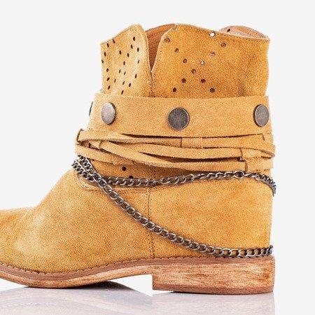 Brązowe botki a'la kowbojki na krytym koturnie Salemi - Obuwie