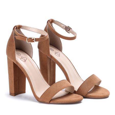 Brązowe sandały na słupku Alani - Obuwie