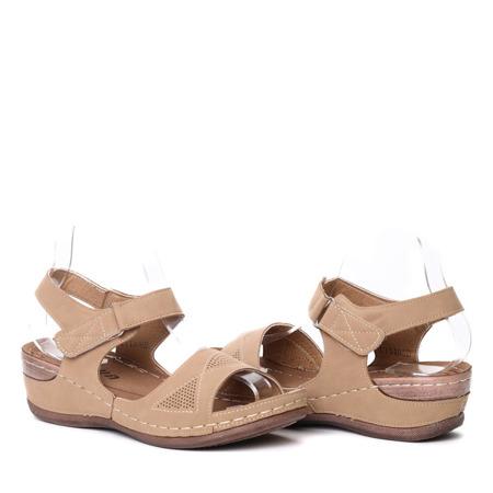 Ciemnobeżowe sandałki- Obuwie