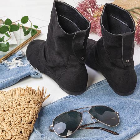 Czarne botki na płaskim obcasie Esha - Obuwie