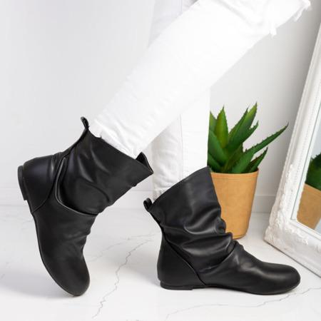 Czarne botki na płaskim obcasie Pakentra - Obuwie