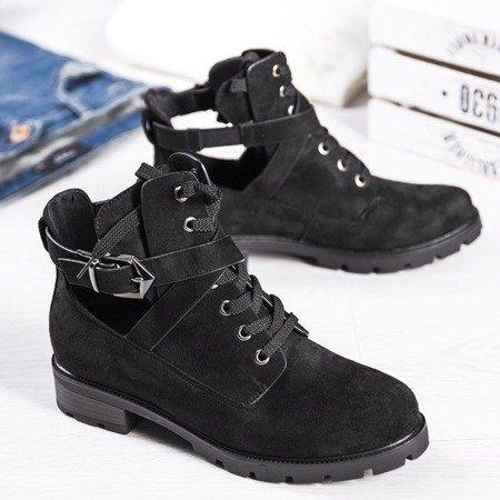 Czarne botki na płaskim obcasie z wycięciem Ensley - Obuwie