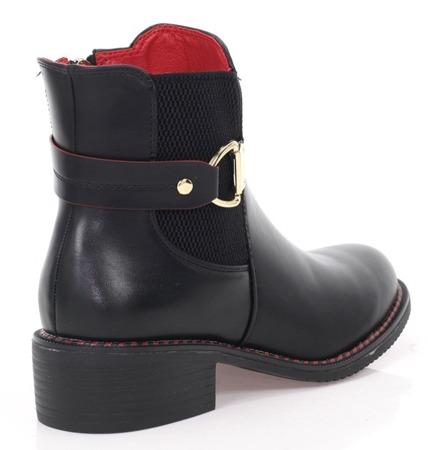 Czarne botki z czerwonym obszybciem - Obuwie