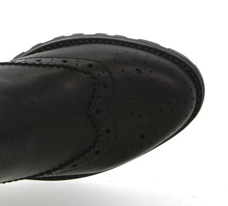 Czarne botki z ekoskóry  - Obuwie