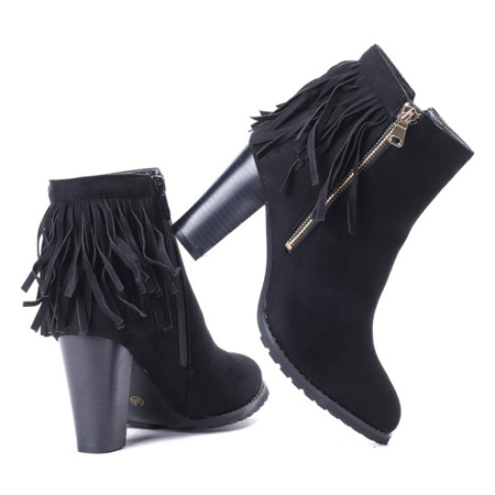 Czarne botki z frędzlami - Obuwie