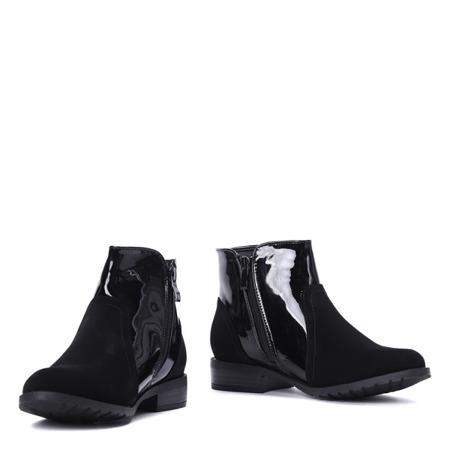 Czarne botki z matowym noskiem - Obuwie