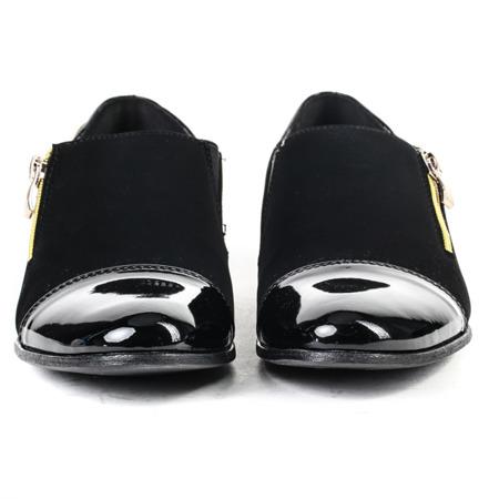 Czarne półbuty z lakierowanym noskiem - Obuwie