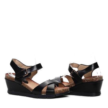 Czarne sandały na koturnie Meya - Obuwie