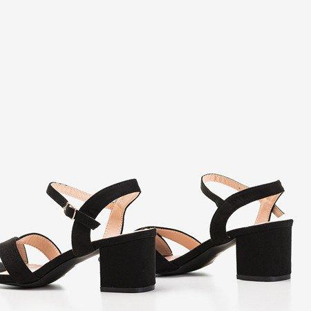 Czarne sandały na niskim obcasie Jonila - Obuwie