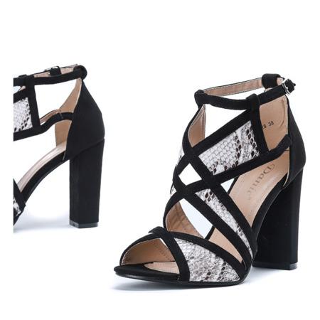 Czarne sandały na słupku a'la skóra węża Raffaele - Obuwie