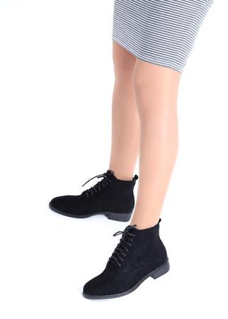 Czarne, sznurowane botki Noel- Obuwie