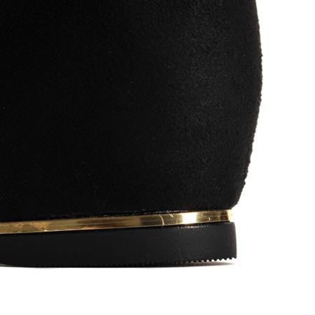 Czarne zamszowe botki na krytym koturnie Lovely  - Obuwie