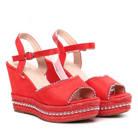 Czerwone sandały na koturnie Abigalia- Obuwie