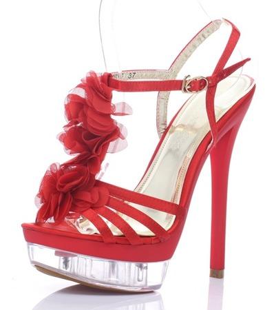 Czerwone sandały na szpilce Benitana - Obuwie