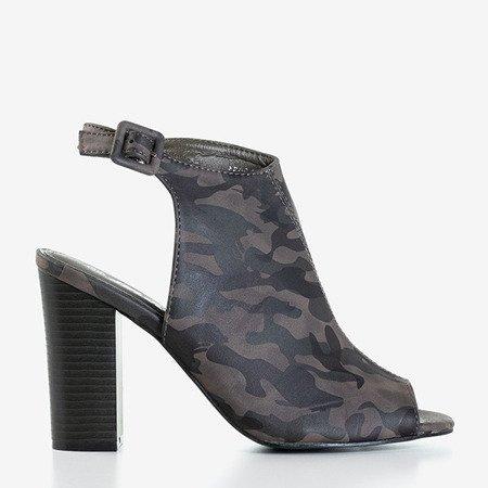 Damskie sandały na słupku z cholewką moro Jeuni - Obuwie