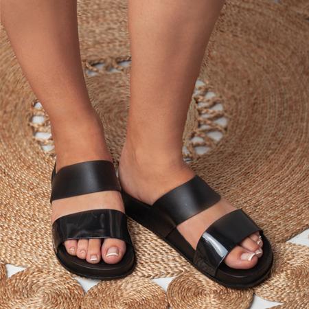 Gumowe klapki w kolorze czarnym Aquera - Obuwie
