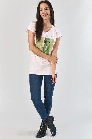 Jasnoróżowy t-shirt damski z nadrukiem - Odzież