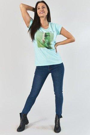 Miętowy t-shirt damski z nadrukiem - Odzież