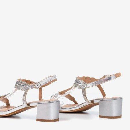 Srebrne sandały na niskim słupku z cyrkoniami Doremies - Obuwie