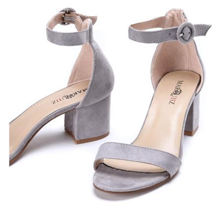 Szare sandały na słupku Madeleine - Obuwie