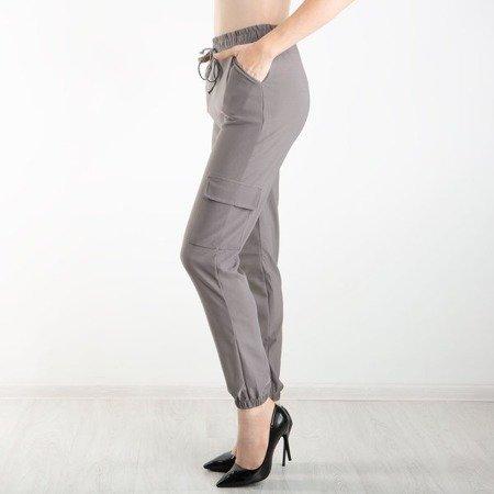 Szare spodnie cargo z kieszeniami - Spodnie