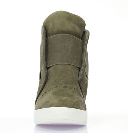 Zielone eko - zamszowe sneakersy na koturnie Etriloss - Obuwie